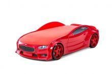 Maserati ar stelāžu