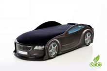 BMW ar stelāžu